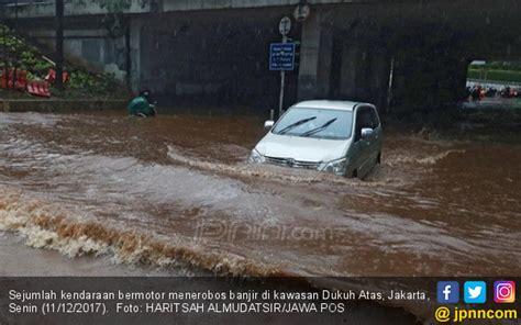 membuat watermark st anies sebut proyek infrastruktur penyebab banjir parah