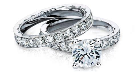 Cincin Emas Berlian 027 Carat Fashion Wanita cincin nikah berlian yang elegan dan istimewa vnco jewellery