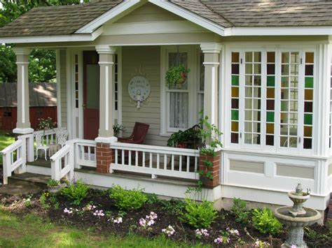 small homes that live large small living in tiny homes is it best to build or to buy