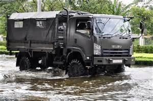 Royal Isuzu Isuzu Vehicle Royal Thai Army 2011 Floods