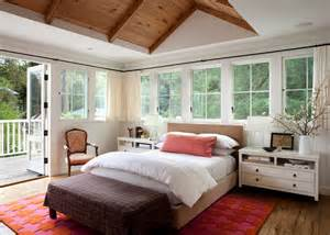 Bedroom With Vaulted Ceiling 33 Stunning Master Bedroom Retreats With Vaulted Ceilings