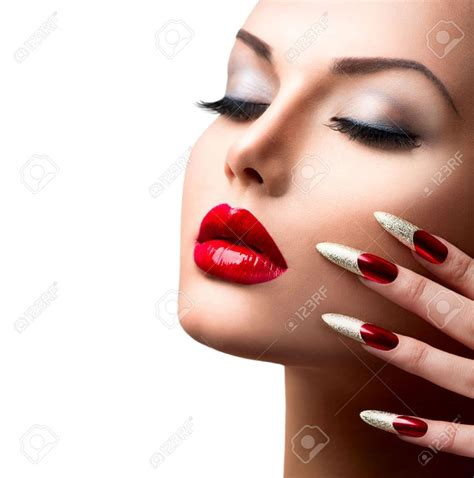 27472375 fashion model manicure and make up - Modele Nail