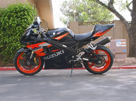 2004 Suzuki Gsxr 600 2004 Suzuki Gsx R 600 Pics Specs And Information