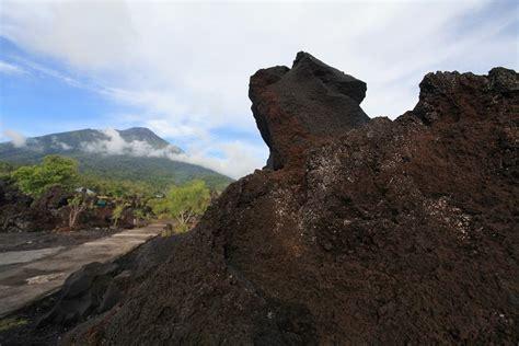 batu gmbr gunung meletus batu angus lahar gunung berapi yang menjadi berkat