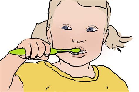 wann baby bekommen ab wann brauchen babys eine zahnb 252 rste new kitz on the
