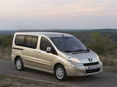 peugeot expert 9 seater i rental center crete