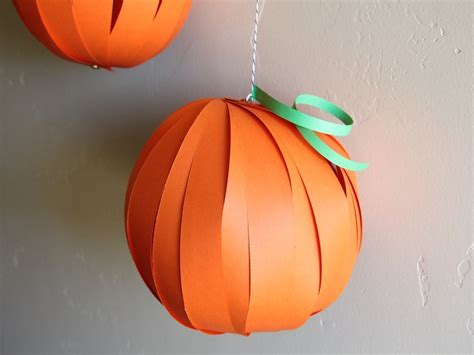 How To Make A Pumpkin With Construction Paper - pumpkin lantern diy craft