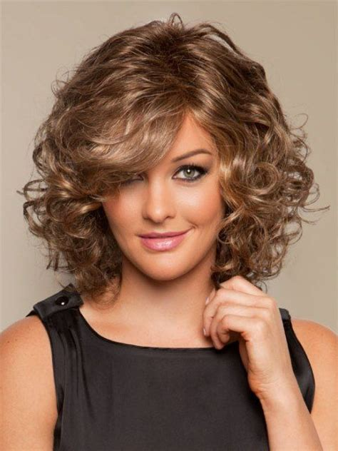 mid length wavy hair style for 55 year old 16 must try shoulder length hairstyles for round faces