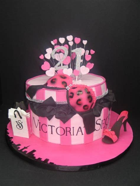 victorian themed birthday cakes 1000 ideas about victoria secret cake on pinterest