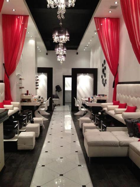 Manicure Di Nail Shop if there was to be a on rumour has it nail salon this is what it would look like