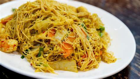 come cucinare spaghetti di riso cinesi come fare i veri spaghetti di riso cinesi con gamberi e
