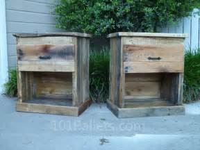 Rustic Nightstand Plans Make Your Own Diy Pallet Nightstand 101 Pallets