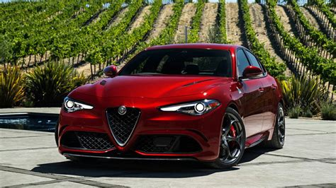 Romeo Car Wallpaper Hd by 2017 Alfa Romeo Giulia Hd Car Pictures Wallpapers