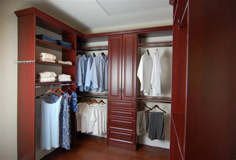 His And Hers Walk In Closet Designs by His And Hers Walk In Closet Potomac Md Traditional