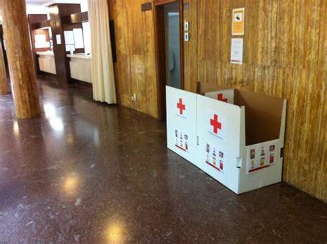 ayuntamiento de soria cruz roja de soria coloca dos contenedores  recogida de alimentos en