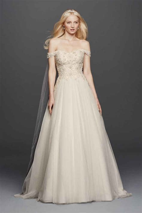 wedding dresses 1000 20 trendiest wedding dresses 1 000 everafterguide