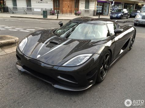 koenigsegg black and koenigsegg agera r black www pixshark com images