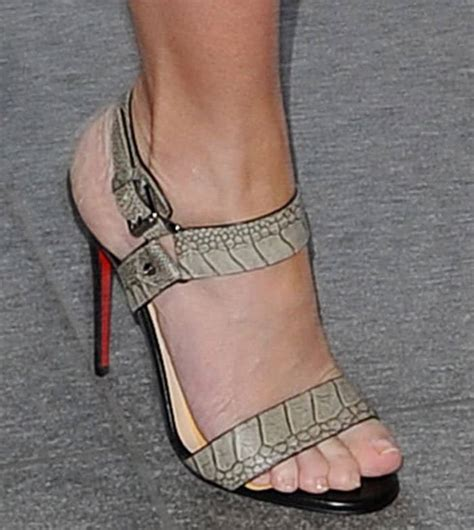 Emily Shoes emily blunt promotes in christian louboutin sova