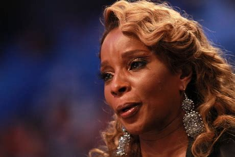 mary j bilge hair styles over the years mary j hairstyles 2012