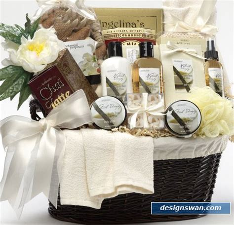 gifts for her archives stylishly beautiful 20 beautiful gift baskets for christmas design swan