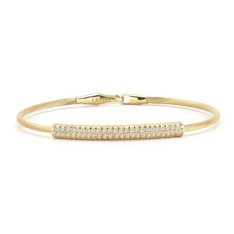 14k yellow gold bracelet with accents