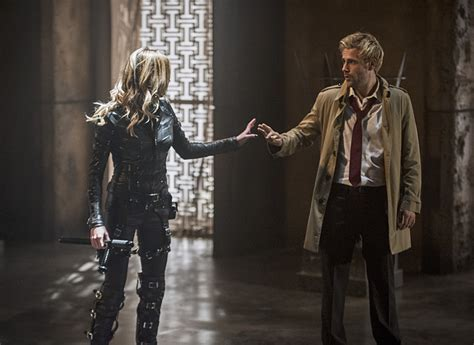 arrow how oliver s constantine tattoo will impact the show arrow constantine toutes les images de l 233 pisode 4 05