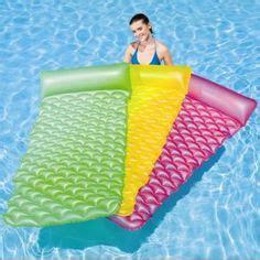 colchonetas para sillones colchonetas y sillones hinchables para la piscina on