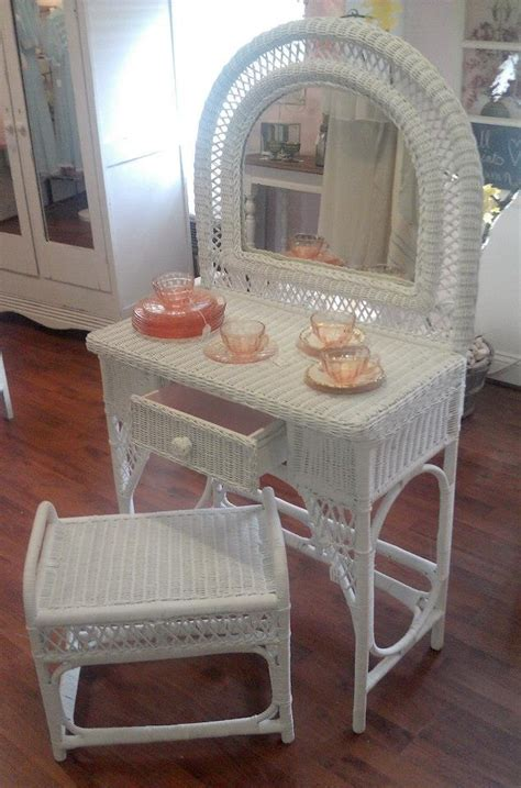 White Wicker Vanity Stool by White Wicker Vanity And Stool All About Me The Pink Porch