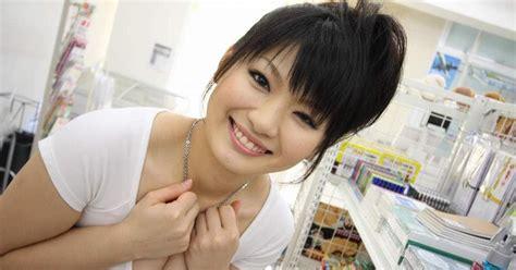 foto cewe korea hot mulus gayasekss foto hot cewek jepang montok pamer susu