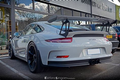 porsche gt3 grey fashion grey porsche 991 gt3 rs spotted with guard