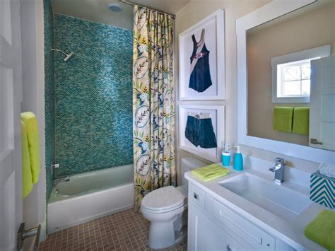 Bathroom Designs Hgtv by Small Bathroom Decorating Ideas Bathroom Ideas Amp Designs