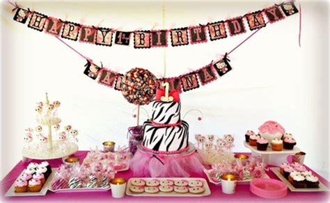 Home Decorating Ideas For Wedding by Dessert Tables