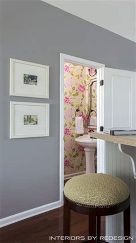 wallpaper to complement grey walls living room with colors of gray fuchsia and green ivory