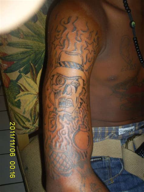 skull and smoke sleeve tattoo designs smoke skull sleeve designs pictures to pin on