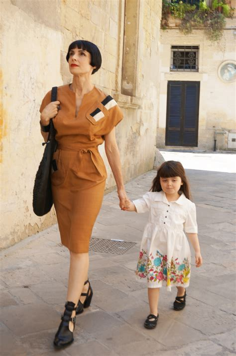s travel tipz italian style more simple ways to enjoy italian ways on your next trip to italy books how to wear vintage clothing without looking like you re