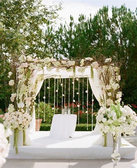 Wedding Arch Vs Chuppah by 73 Best Images About Wedding Arch On Altar