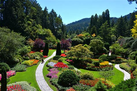 for gardens events activities bc the butchart gardens