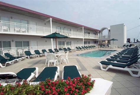 beach club suites updated  prices hotel reviews