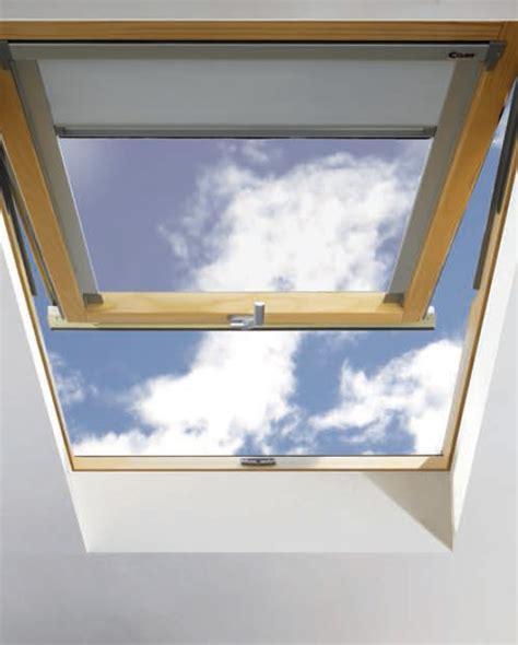 tende per vasistas finestra da tetto a vasistas centro finestre per tetti
