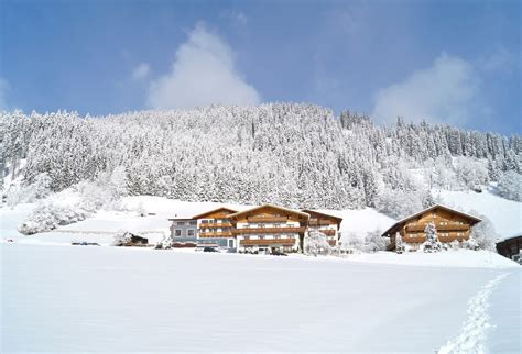 apartamentos ski accommodation appartements alpin apart flachau j2ski