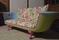 clawfoot tub made into sofa ba 241 eras reutilizadas repurposed bathtub on