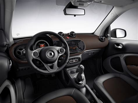 smart brabus interni smart fortwo e forfour 2018