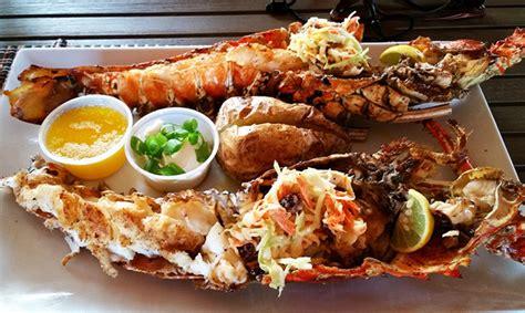 islands food and restaurants