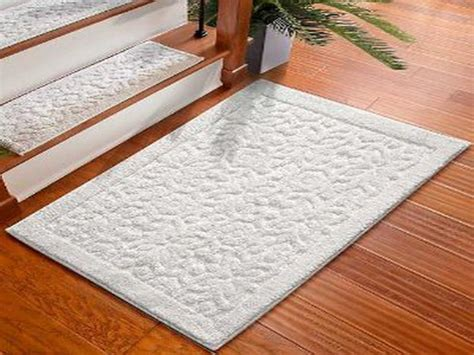 White Kitchen Rugs Bloombety White Washable Kitchen Rugs Benefits Of Washable Kitchen Rugs