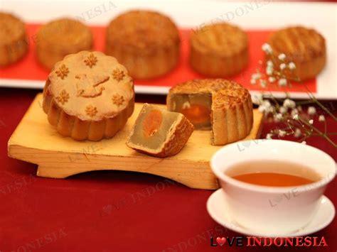 Kue Bulan Moon Cake Wanglai Rasa Pandan Telor perayaan terang bulan dengan kue legendaris mooncakes di jw marriott hotel jakarta indonesia