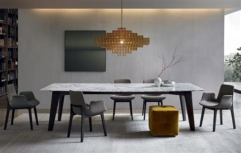howard table with structure in spessart oak and mat