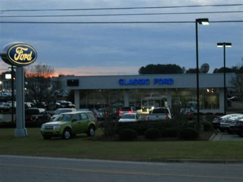 Classic Ford : Smithfield, NC 27577 Car Dealership, and