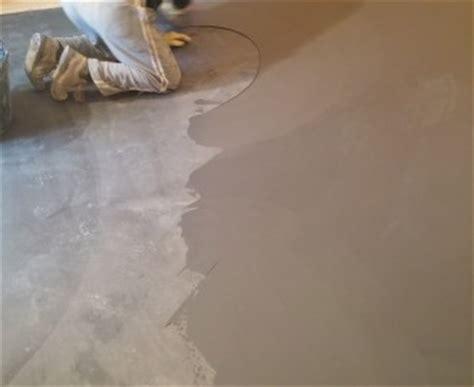 rasatura pavimento rasante cementizio mapei frusta per impastare cemento