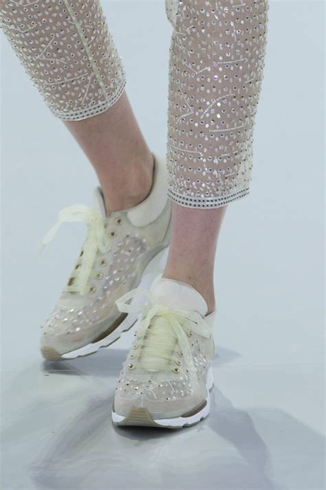 W New Arrival Best Seller Chanel 2302 Haute Couture Sneakers Yes By Karl Lagerfeld Chiko