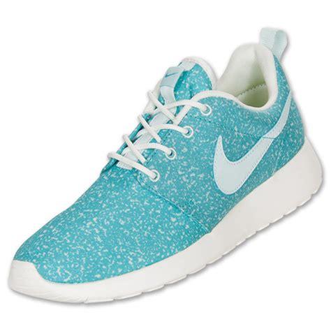 s nike roshe run casual shoes